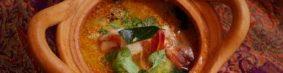 ต้มยํากุ้งトムヤムクン(海老のスパイシースープ)1300円